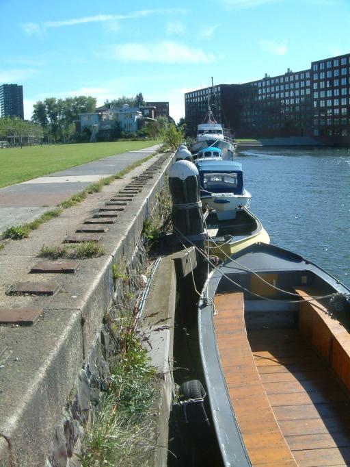 park -morning-boats